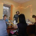 Наши красавицы готовят угощения